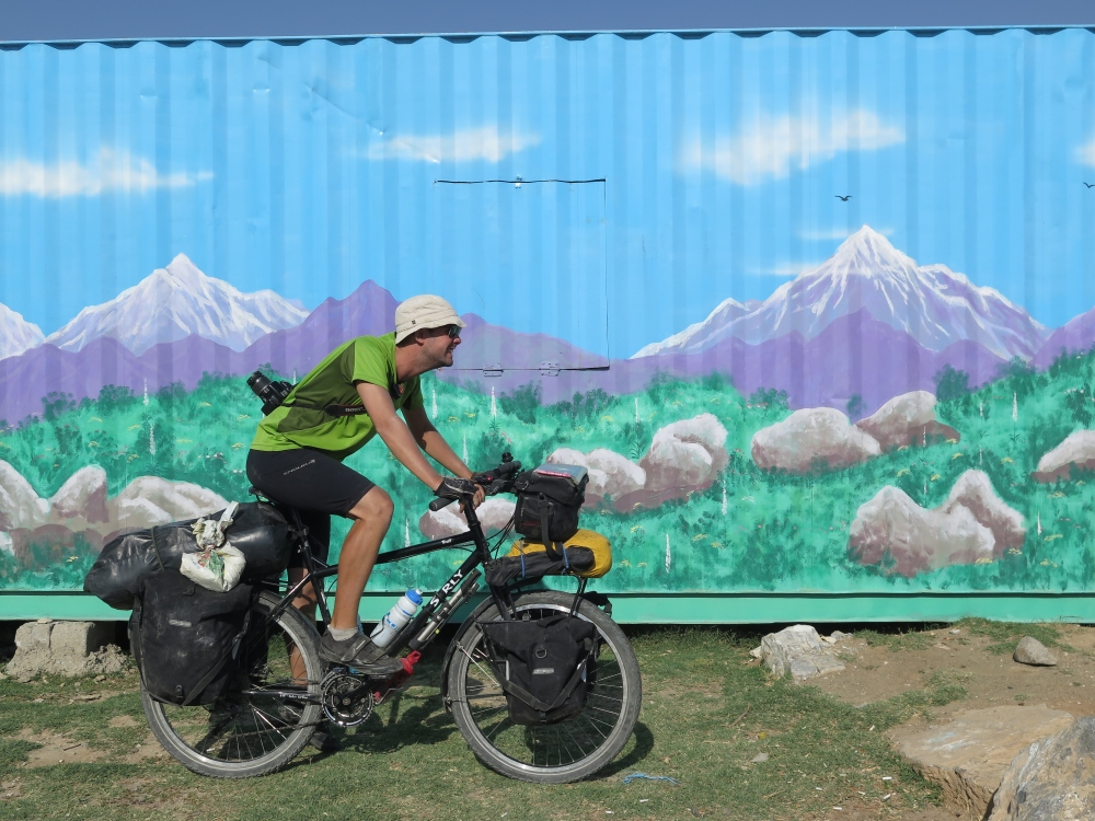 Before leaving Samarkand, this would probably have been a contender for the best scenery cycled through in Uzbekistan.