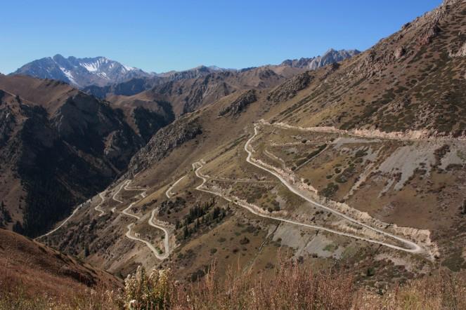 The climb to Song Kul